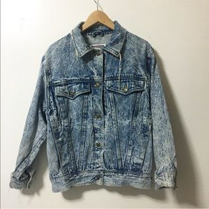 Vintage/ destroyed acid wash denim jacket